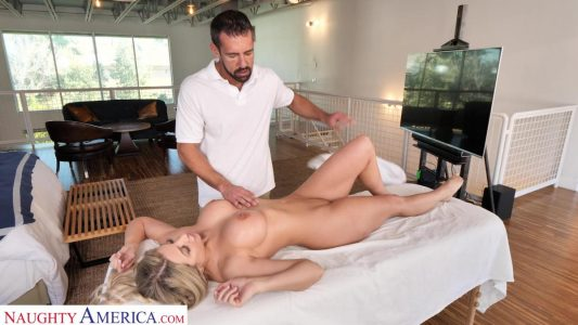 Sophia Deluxe cheats on her husband with the massage guy